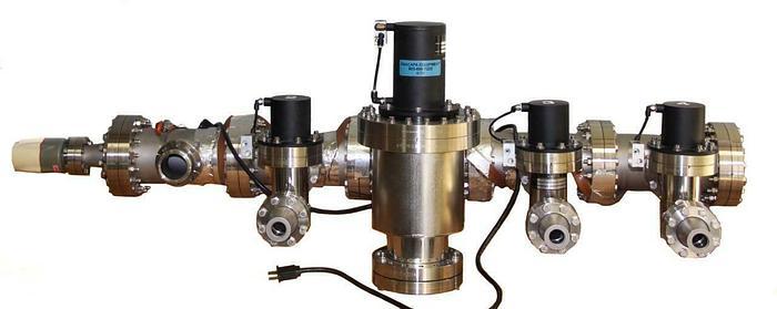 Used MDC AV-400M-PAA IV-200M-PAA-03 Heated High Vacuum Manifold WRG-S-NW35 (6771