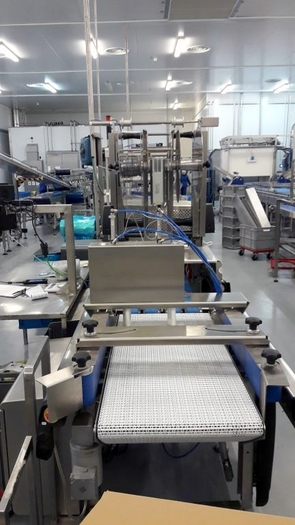 MULTIVAC R245 VACUUM PACKING MACHINE