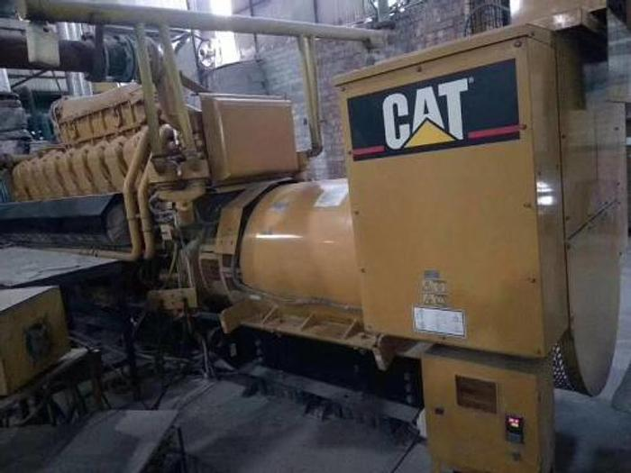1.95 MW 2004 Used Caterpillar G3520C Natural Gas Generator