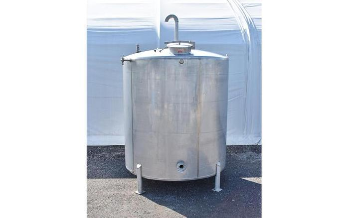 USED 3000 GALLON TANK, STAINLESS STEEL