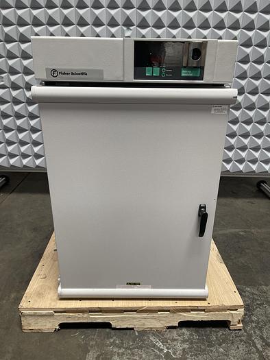 Used Fisher Scientific Isotemp 650D Incubator Oven 30°C-75°C 5.0 Cu. Ft 120V