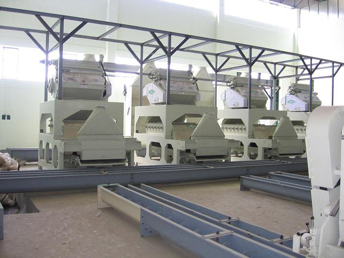 Carver Cotton Seed Dehulling
