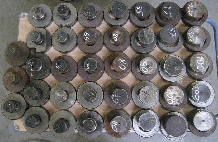 Gebraucht Stempel Matrizen Mubea