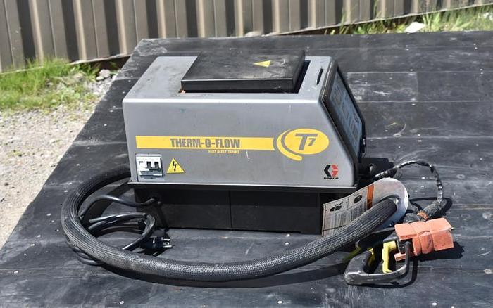 USED GRACO THERMOFLOW T7 HOT MELT TANK