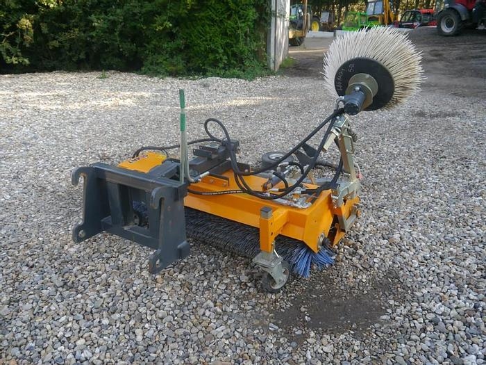 Used Giant Road Sweeper