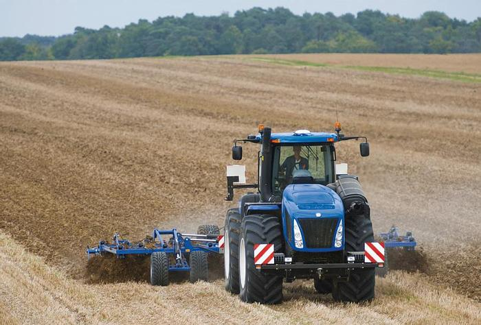 New Holland Tractors New Holland T9