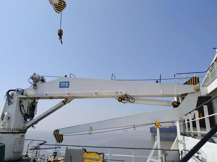 TTS Marine ASA -  KNUCKLE BOOM CRANE SWL 6T at 17 m