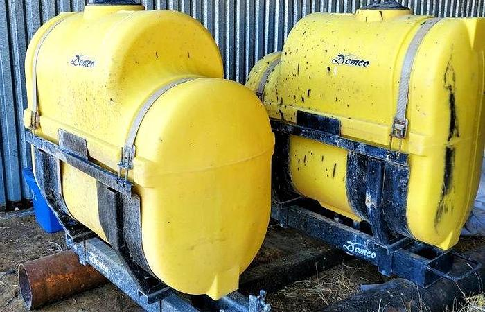 Used Demco Saddle Tank Set - 200 ga each