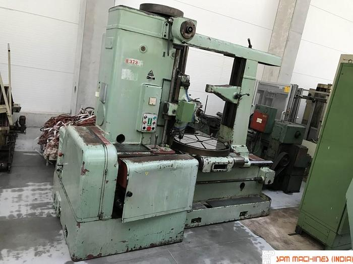 TOS FO10 Gear Hobbing Machine