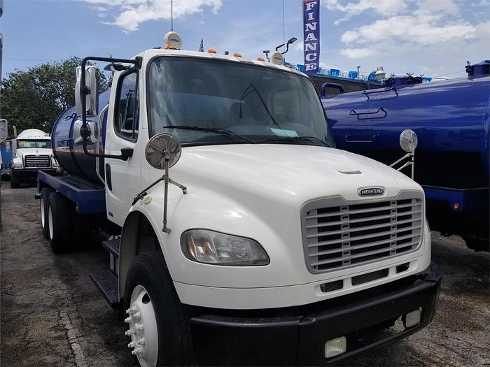 2012 FREIGHTLINER BUSINESS CLASS M2 106 SEPTIC TANK TRUCK