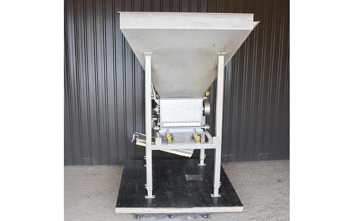 USED PPM TECHNOLOGIES CLUSTER BUSTER WITH STAINLESS STEEL HOPPER