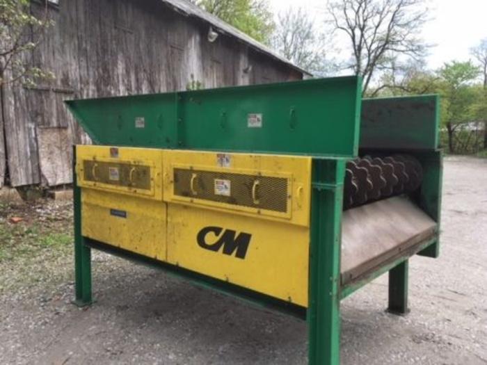 2011 Columbus McKinnon CM Rubber Tire shredder