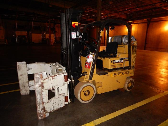 """Used 8000 POUND CATEPILLAR FORKLIFT WITH 50"""" MAX DIAMETER CLAMP"""