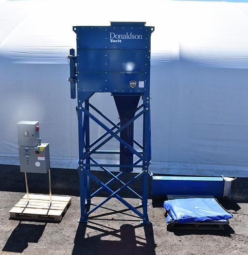 Used USED DONALDSON TORIT DUST COLLECTOR, PULSE AIR, MODEL DFT2-4 WITH FAN & CONTROL PANEL