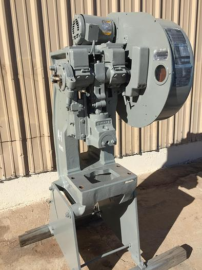 Used 15 Ton Niagara Mdl. A15 O.B.I. Press