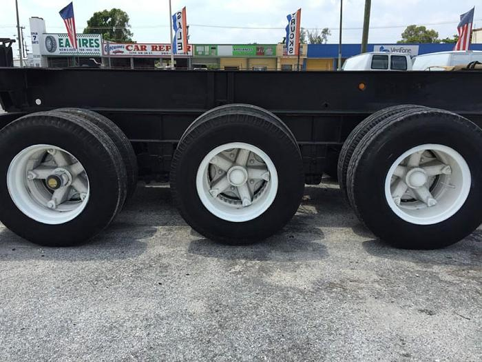 1993 CHASSIS 20 FT W/ FIFTH WHEEL