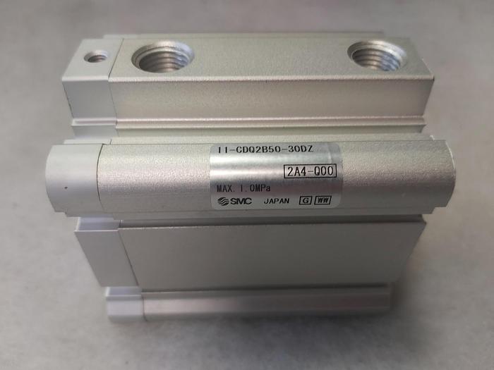 Pneumatikzylinder, doppelt wirkend, Hub 30mm, 11-CDQ2B50-30DZ, SMC,  neu