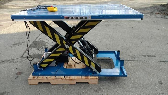 Used Unknown 8000LB lift table