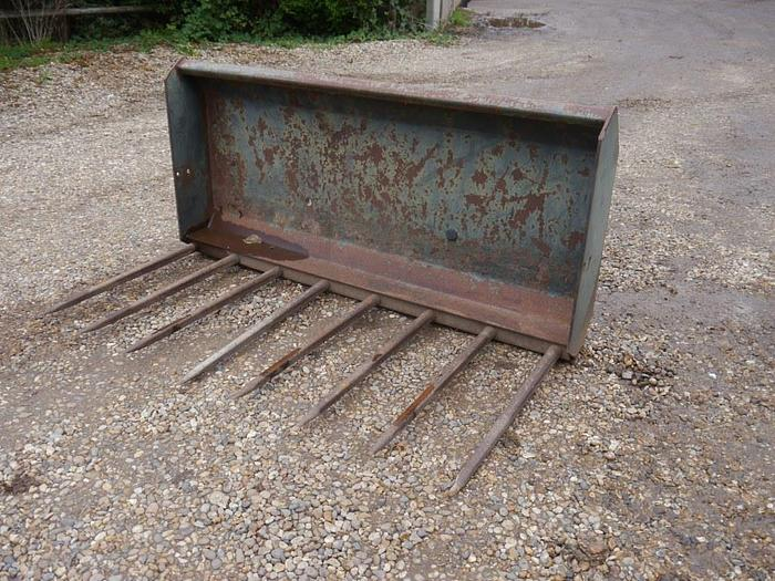 Used Quicke Muck Fork