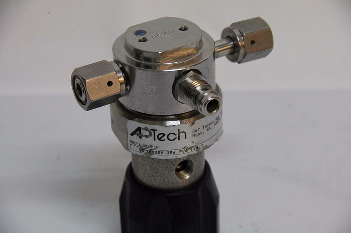 Used APTech AP1510SH Tied Diaphragm Regulator 3PW FV4 FV4 3000PSI CGA 316 Female 4449