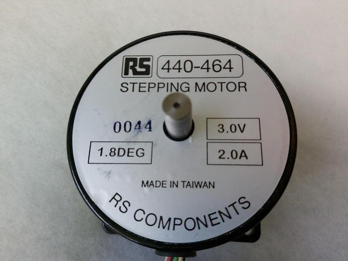 Schrittmotor RS 440-464, RS Components, 1,8° 3,0V 2,0A, neuwertig