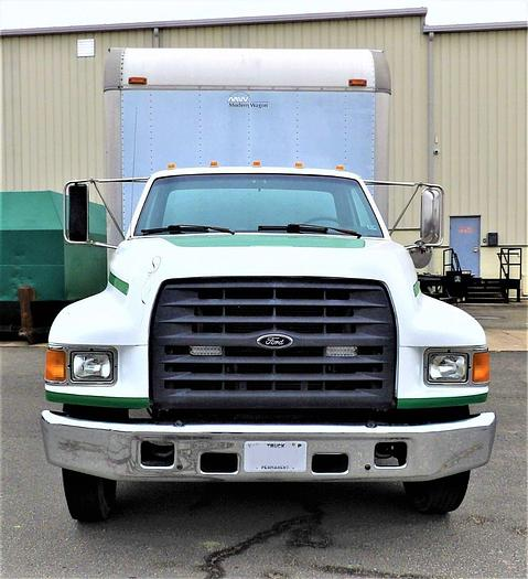 Used 1997 FORD 800
