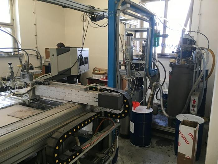 2000 DEMAG LCS 1000 XY