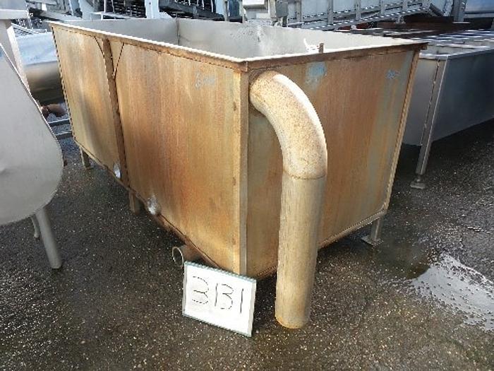 Used 800 Gallon Rectangular Stainless Steel Tank #3131