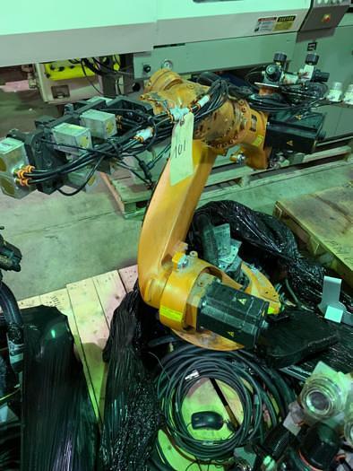 Used 2006 KUKA KR6 ARC 6 AXIS CNC ROBOT