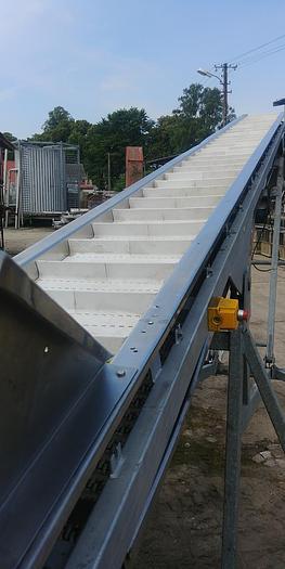 Używane Przenośnik (transporter) z zabierakami i regulacją wysokości wysypu