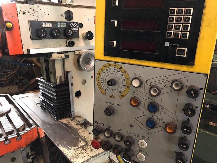 Werkzeugfräsmaschine Universal MAHO MH 800