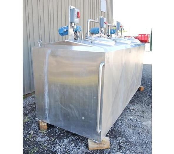 USED 1000 GALLON JACKETED TANK, STAINLESS STEEL, 3 COMPARTMENTS WITH MIXERS, FLAVOR TANK