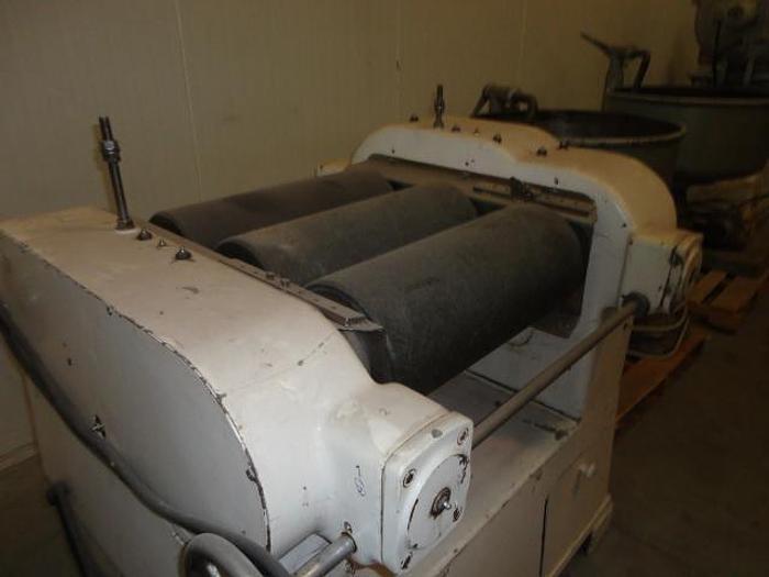 Used 3 roll refiner, granite rolls