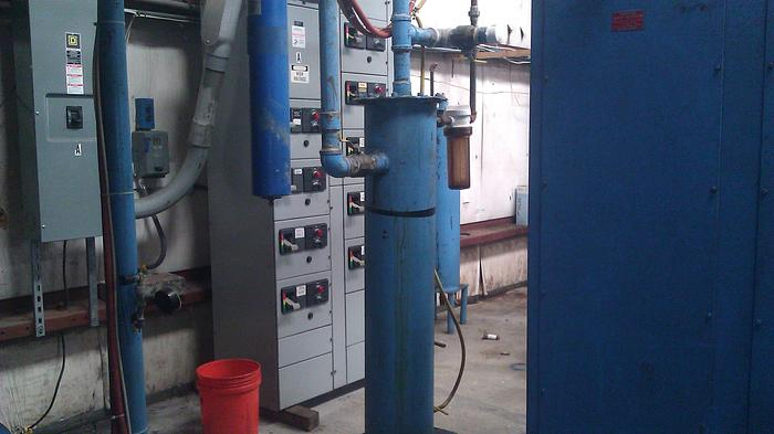 PILLAR VACUUM INDUCTION MELTING FURNACE.