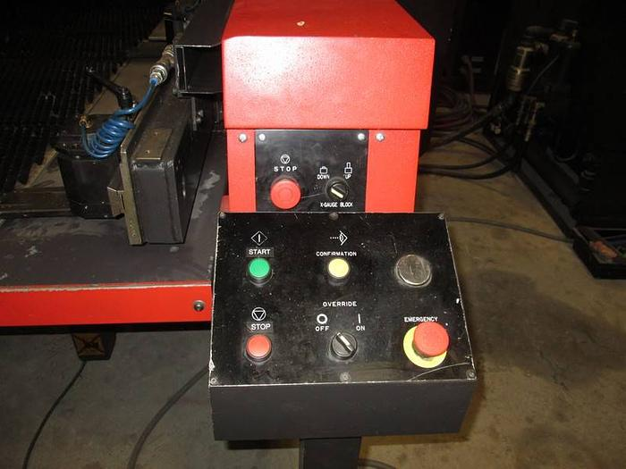 Amada Machines 1998 30Ton Vipro 357 Queen
