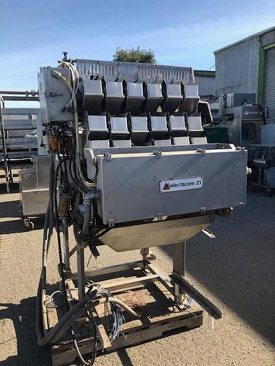 Used Triangle 6-Bucket Inline Scale