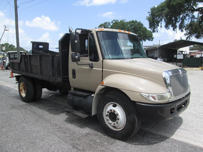 Used 2002 International 4300 Single Axle Dump Truck