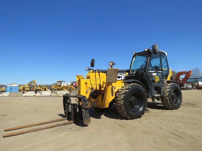 Used 2011 JCB 550-170