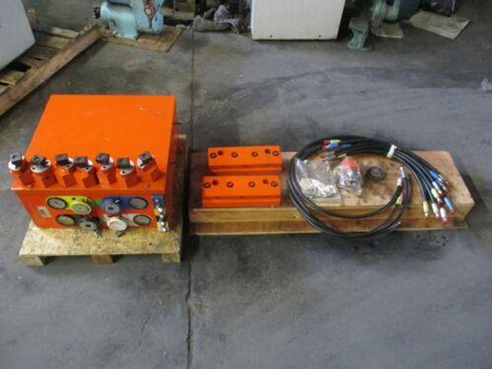 Used QUICKCHANGE 4 QUICKCHANGE DIE HOLDING SYSTEMS BY ALL AMERICAN