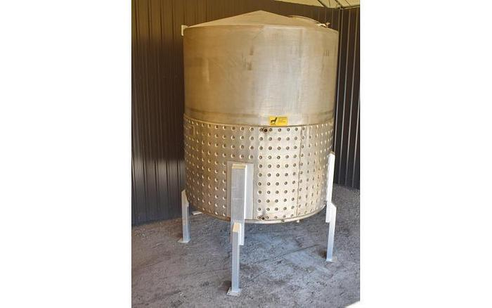 USED 1700 GALLON JACKETED TANK, 304 STAINLESS STEEL