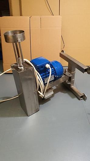 Used WALL-MOUNTED CABBAGE CORER