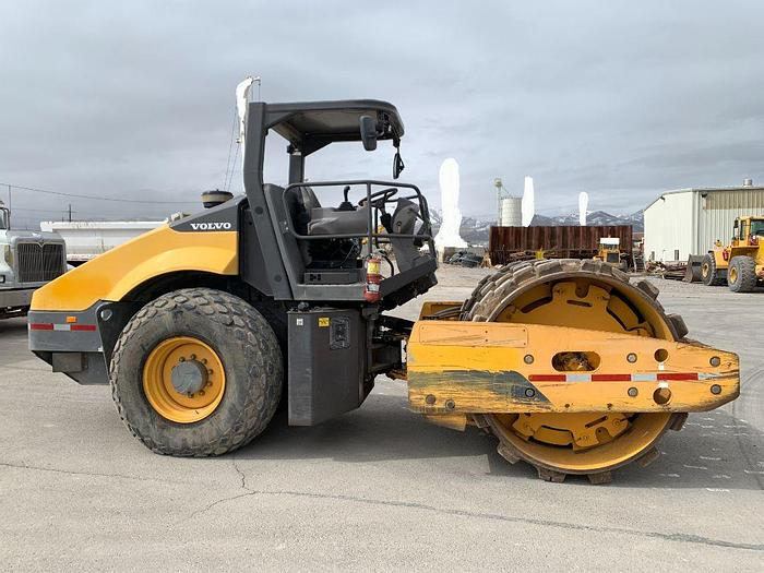 Used 2013 VOLVO SD115