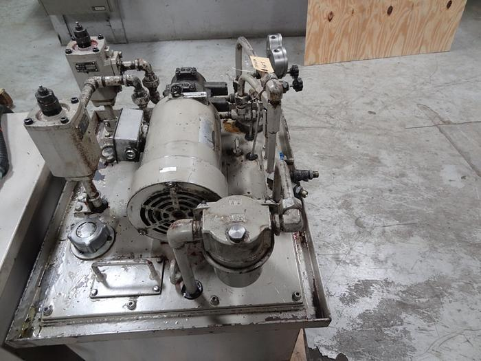SHIGIYA CM-8 X 60 FACEING AND CENTERING MACHINE 80MM X 600MM