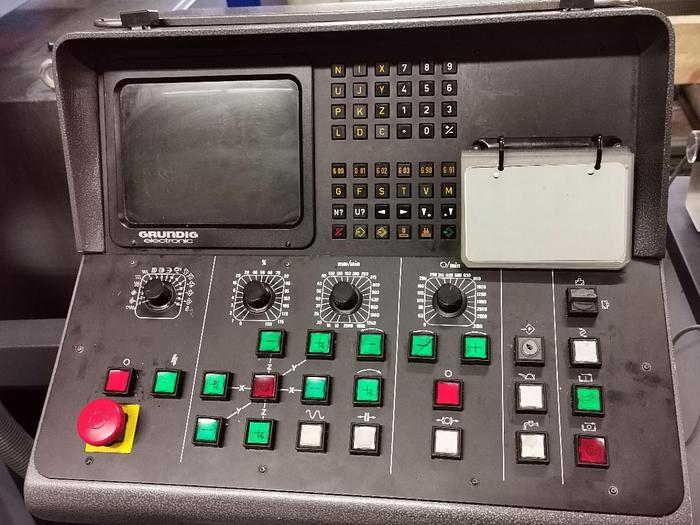 1989 CNC Werkzeugfräsmaschine - Universal DECKEL FP 4 MA