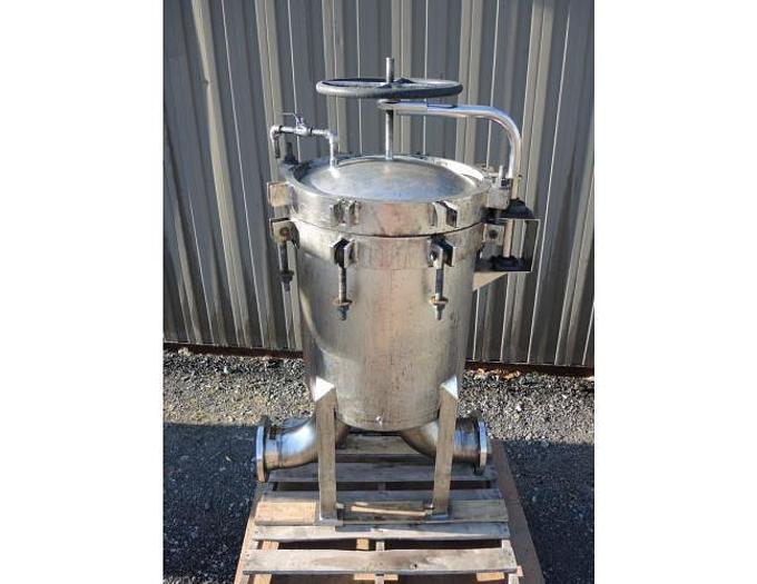 "USED FILTER, ""MULTI"" BASKET TYPE, 6"" INLET/OUTLET, STAINLESS STEEL"