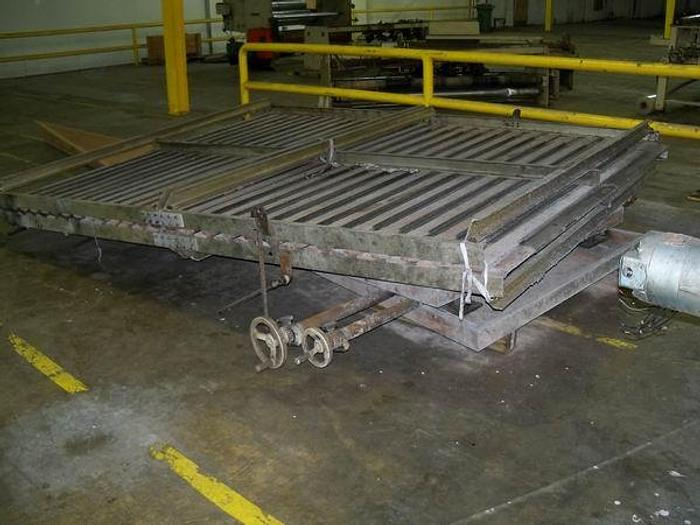 """Used 104"""" Collapsible frame"""
