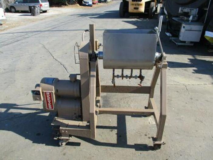 Used STAINLESS STEEL MIXER WITH UNLOADING FOR MEAT, DOUGH, ETC..