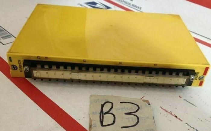 Used GMF Robotics Output Module OA16E A03B-0801-C447 Warranty Fast Shipping!