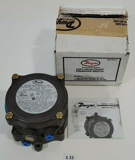 *NEW IN BOX* Dwyer 1950-10-2S Explosion Proof Pressure Switch A11W + Warranty!