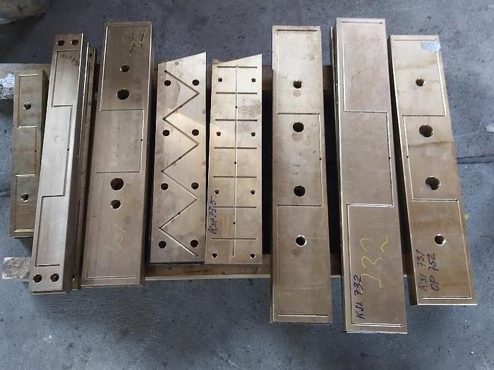 350 kg Bronze Gleitbahnen Druckgussmaschine, Verschiedene Grössen, Idra, Oleopress / OP Die Casting,  neu
